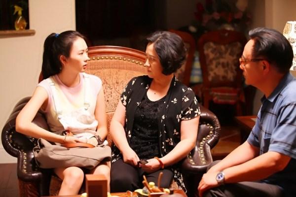 中国式逼婚下的子女:感觉自己一文不值如废物