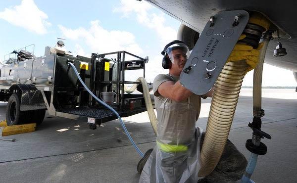 飞机上产生的粪便是怎么处理的?