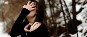 女孩挑战一周素颜出门的惨痛经历
