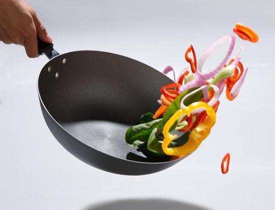铁锅烧菜到底能不能补铁?