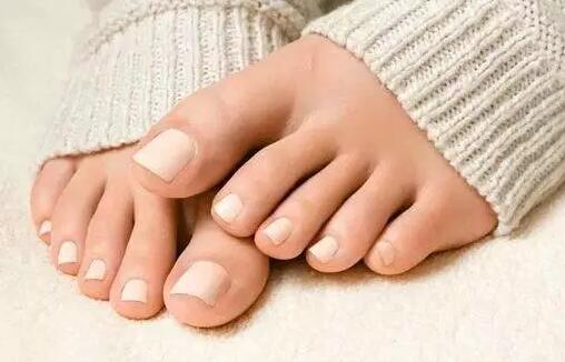 脚指甲长到肉里