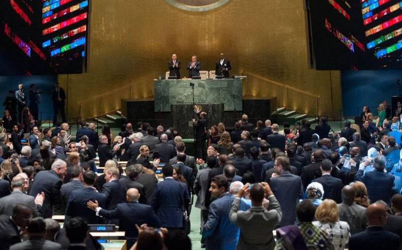 特朗普在联合国批评伊朗和中国【联合国大会充满了快活的空气】