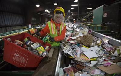 中国禁止进口塑料垃圾可能导致英国污染水平上升