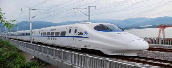 火车113号座位靠窗吗