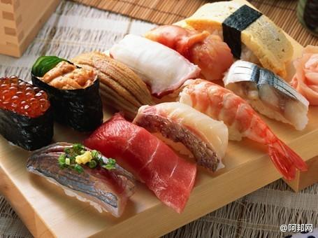 过敏怎么办呢?海鲜过敏吃什么药呢? )